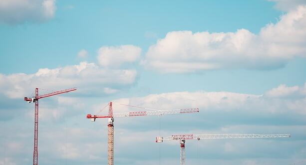 cranes-construction-dust-pm10