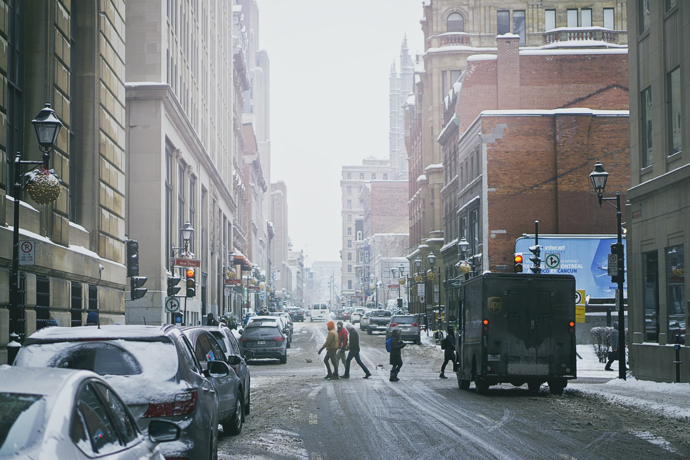 montreal snowing